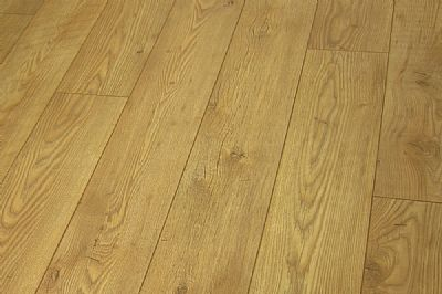Tawny Chestnut Laminate Flooring